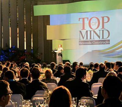 Orbi Química recebe o prêmio Top of Mind Revenda Construção 2015